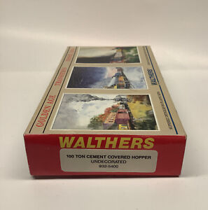 HO Scale Walthers 100 Ton 2 Bay Cement Covered Hopper Undecorated