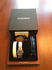 Baume & Mercier Linea Wrist Watch for Women-Stainless steel 27mm opalescent dial