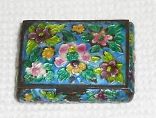 Vintage cloisonne Chinese pill box, in original state. All five sides ornate.