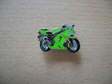Pin Anstecker Kawasaki ZX 6 R / ZX6R grün Modell 2005 Motorrad 0985 Oznak Spilla