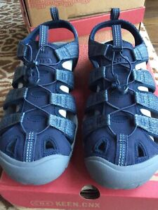 Keen Men's US 12 Clearwater CNX Sandal Blue/Steel Grey 1022962