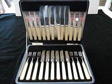24 PC COUTLLERIE ROYALE,T.F. BASTET, FISH SET, 12 KNIVES, 12 FORKS W/BOX, XLNT