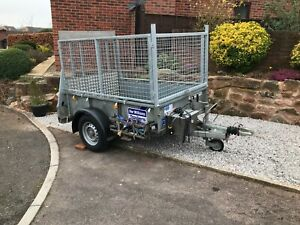 Ifor Williams trailer GD64. Full-size tailgate ramp, mesh sides, electric winch.