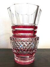 VAL SAINT-LAMBERT -  Vase doublé rouge -  taille en pointes de diamants - CORTEZ
