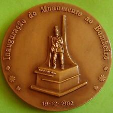 L@@k Volunteer Fireman / Firefighter / Monument / Helmet / Axe / Bronze Medal!
