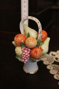 Capodimonte  Porzellan kleiner Obstkorb Italien Handarbeit