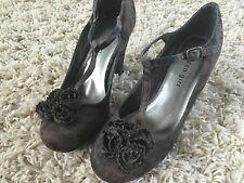 Madden girl sz 6.5 6 women pump high heels shoes flower Cute!