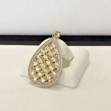14K solid gold modern design pendant two tone Dimond cuts