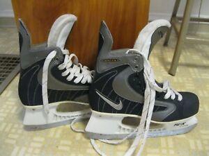 Nike Ignite Tuuk Hockey Skates, Mens US Size 9.5