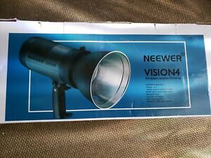 Neewer Vision 4 Studio Flash Strobe with Wireless Trigger and Battery