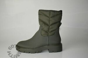 BNWT Zara Khaki Padded Boots