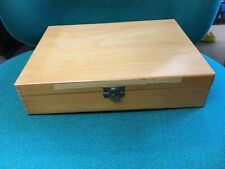 Good Vintage WOOD 35mm Photographic Slide Box Case for 124 slides  -  Box B