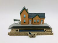 Railway Station & Track 2pc Lot Train Thomas & Friends Trackmaster 2006 Railroad