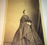 Antique Victorian American Fashion Beautiful Woman, New England CDV Photo! US!