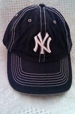 NY YANKEE BALL CAP - BLUE W/ WHITE LOGO DETAILED STITCHING SIZE YOUTH.
