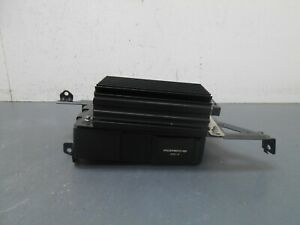 2008 08 09 10 Porsche Cayenne Turbo CD Changer / Amplifier  #7332