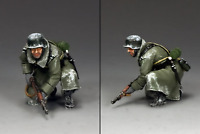 BBG076 KNEELING READY TANK RIDER BY KING AND COUNTRY (RETIRED) WWII