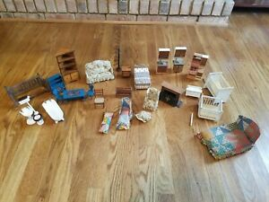 Mixed lot of Vintage Shackman Dollhouse Furniture Miniatures