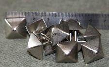 Lot de 20 Clous Pyramide Alu BrosséTapissier 14mm Fauteuils, Sieges , Chaises