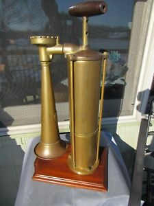 VINTAGE ORIGINAL EARLY 1900's BRASS TYFON HAND PUMP FOG HORN SWEDEN WORKS GOOD