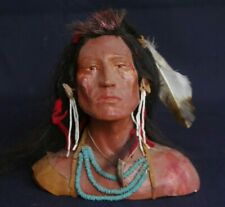 Paul Urm - Decorative Bust depicting Crow Warrior -  Native American sculpture