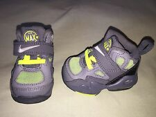 NIKE AIR MAX 2 EXPRESS SZ 2.5C INFANT MINT GREY VOLT GREEN