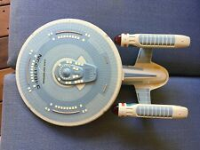 Amt Star Trek Uss Enterprise Ncc-1701-C built + fishline to hang from the ceilin
