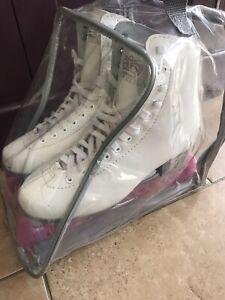 ice skates size 6 Sovereign
