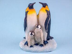 Beautiful Penguin Family Ornament Figurine Home Decoration