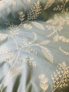Wedgewood Embroidered Floral Pattern Curtain Fabric Material 137cm wide BR013
