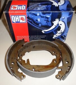 Classic Renault cars including Clio MKI 1991-1998 Box Quinton Hazell Brake Shoes