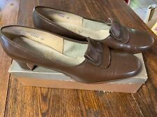 """Vintage Selby Midtown Comb Brown Shoes 2"""" Heel with Buckle size 11B Barely Worn"""