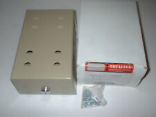 "P269-0017 Thermostat Metal Guard Beige Ring Base 7-1/8"" X 4-5/8"" X 3-1/4"" Lock"