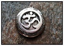 """on sterling 925 Chain 18"""" Necklace Circle Ohm Silver Plated Photo Locket"""