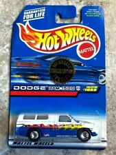 1998 Hot Wheels #1059 Dodge Ram 1500 Trailer Edition Truck Real Riders BB