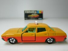 TOMICA, NISSAN CEDRIC TAXI, 1:65 Scale, NICE VINTAGE TOMY DIECAST JAPAN MODEL