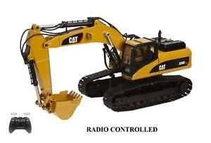 Caterpillar 330DL Excavator - 1/20 - RADIO CONTROLLED - Diecast - Not Plastic