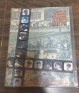 1970 Official New York Mets Yearbook WS Champs Cover Tom Seaver Original!