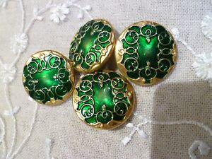 4 boutons anciens metal émaillé léger vert 27 mm N25