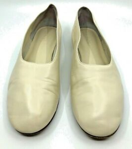 Vince Cream Soft Leather Maxwell Inspired Slip On Flats Two Tone Heel Size 8M