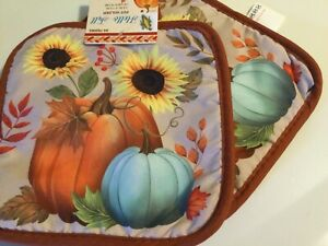 POT HOLDERS   SET OF 2  WELCOME FALL  POT HOLDERS SET OF 2
