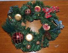 Adventskranz Aus Christbaumkugeln.Adventskranz Kugeln In Weihnachtliche Kranze Girlanden