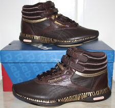 NIB Womens Reebok Easytone Freestyle Leather Athletic Shoes 8