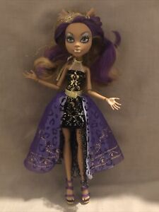 Monster High 13 Wishes Clawdeen Wolf