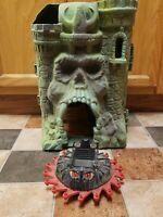 Vintage Castle Gray Skull Heman Motu INCOMPLETE AS IS Base and BONUS Vehicle