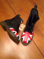 NEW DR MARTENS UNION JACK 8 EYE LEATHER BOOTS BLACK 10950 US 4W