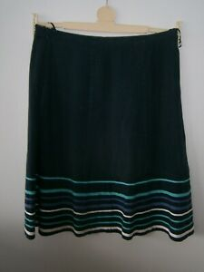 Ladies navy blue skirt with trim size 14 M&S