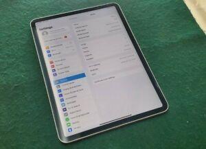 Apple iPad Pro 1st Gen. 64GB, Wi-Fi, 11 in - Space Gray