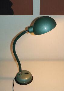 Ancienne lampe de bureau, design industriel, atelier, années 1950
