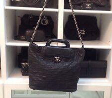 CHANEL LEATHER LARGE ZIP SHOPPING 30cm CROSS BODY BAG EXCELLENT CONDITION